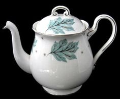 Teapot Shelley Tea Pot Drifting Leaves Gainsborough Shape 1956-1966 Aq – Antiques And Teacups
