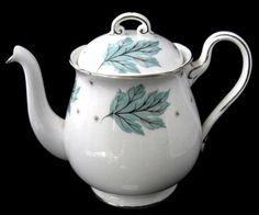 Teapot Shelley Tea Pot Drifting Leaves Gainsborough Shape 1956-1966 Aq – Antiques And Teacups