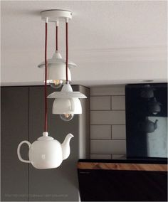 Kitchen lighting in form of tea cups & a teapot