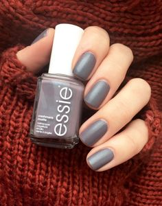 Slip into a sultry satin greige with deep purple shimmer of coat couture - a luxurious cashmere matte finish with a reflective pearl color.