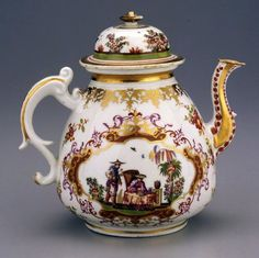 "Meissen teapot, circa 1725. The Dixon's collection includes ""some great rarities,"" according to cataloguer Letitia Roberts, former head of the porcelain department at Sotheby's."