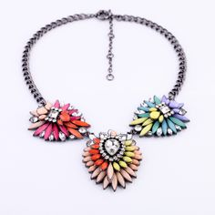 New Luxury Brand Rainbow Crystal Flower Choker Necklace Factory Wholesale Fashion Jewelry Necklaces, Fashion Necklace, Jewlery, Flower Choker, Flower Necklace, Bubble Necklaces, Cowgirl Style, Rhinestone Jewelry, Looks Style