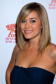 Soo cute. Next time I go to get my hair cut! Lauren Conrad long bob.