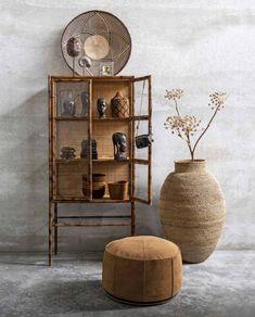 Diy Home Decor with Eco-Friendly Design Ideas Wabi Sabi, Home Interior Design, Interior Decorating, Apartments Decorating, Decorating Bedrooms, Decorating Ideas, Decor Ideas, Bamboo Cabinets, African Interior