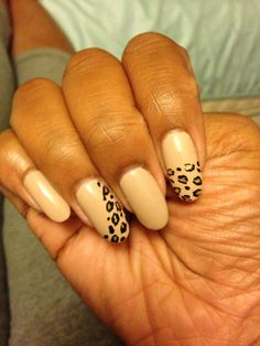 #leopard nails #almondnails