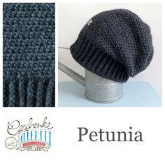 Tunella's Geschenkeallerlei präsentiert: das ist Petunia, eine geniale gehäkelte Haube/Mütze aus einer Alpaka/Wolle/Acryl-Mischung - du kannst dich warm anziehen, dank sorgfältigem Entwurf, liebevoller Handarbeit und deinem fantastischen Geschmack wirst du umwerfend aussehen #TunellasGeschenkeallerlei #Häkelei #drumherum #Beanie #Pudelhaube #Haube #Mütze #Alpaka #Wolle #Petunia