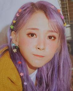 byullie the cutie Kpop Girl Groups, Korean Girl Groups, Kpop Girls, Sulli, Projekt Mc2, Pretty Blonde Girls, Wheein Mamamoo, Elfa, Brunette Girl