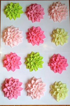Your place to buy and sell all things handmade - tortendeco - 12 Edible Flower cupcake toppers The Effective Pictures We Offer You About cupcake cakes A quality - Icing Flowers, Gum Paste Flowers, Buttercream Flowers, Fondant Flowers, Clay Flowers, Edible Flowers, Sugar Flowers, Fondant Toppers, Cupcake Toppers