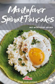 Spinat Pancakes mit Topfenaufstrich und Ei. In nur 25 Minuten zubereitet! Avocado Toast, Pancakes, Vegan, Breakfast, Food, Easy Cooking, Fast Recipes, Good Food, Spinach