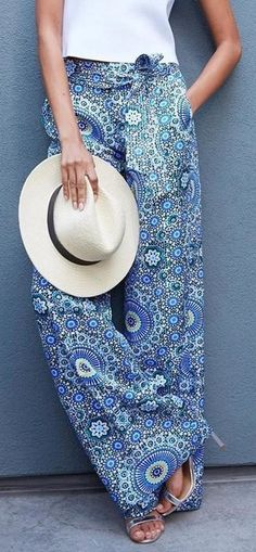 Versatility is key when it comes to our chic printed wide leg trouser   Banana Republic
