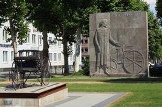 Karl Benz Denkmal in der Augustaanlage