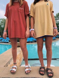 Via vsco :) summa in 2019 summer outfits, fashion, trendy outfits. Girls Summer Outfits, Summer Girls, Girl Outfits, Big Shirt Outfits, Nike Shorts Outfit, Casual Summer Clothes, Tshirt Dress Outfit, Summer School Outfits, Outfits Mujer