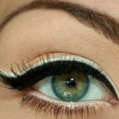black and then white eye liner. cool!
