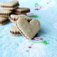 Being the Secret Ingredient: Elf Cookies: An homage to E.L. Fudge (YESSSSSSSSSSS)