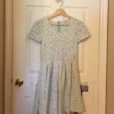Francesca's dress Baby blue flower patterned dress size small - Only worn once, in perfect condition Francesca's Collections Dresses