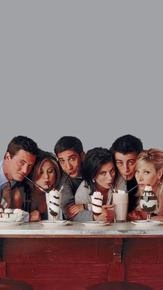 Tv: Friends, Chandler Friends, Friends Cast, Friends Episodes, Friends Moments, Friends Series, Bedroom Wall Collage, Photo Wall Collage, Picture Wall