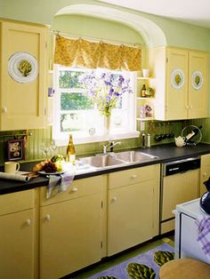 Retro Yellow Kitchen Photos Of Yellow Kitchen Cabinets And Countertops Yellow Kitchen Cabinets, Painting Kitchen Cabinets, Kitchen Yellow, Yellow Kitchens, Retro Kitchens, Kitchen Black, Kitchen Colors, Kitchen Cabinet Storage, Kitchen Cabinet Design