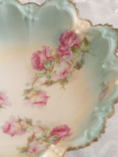 Vintage china bowl with roses~ Looks as if it could be RS Prussia?