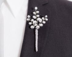 Metallic Silver Boutonniere - Fantastic Beaded Boutonniere for Weddings or Prom - Mens Wedding Boutonniere - Prom Boutonniere Beaded Bouquet, Wedding Brooch Bouquets, Beaded Flowers, Corsage And Boutonniere, Groom Boutonniere, Celebration Love, Wrist Corsage, Bridal Accessories, Handmade Accessories