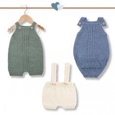 Brand new and luxurious pattern set from Go Handmade.This pattern set includes:- Pattern for 3 rompers & 6 months)- Accessories for the patterns (various buttons and charms)Yarn is not included, . Baby Romper Pattern Free, Free Pattern, Baby Knitting Patterns, Baby Patterns, Baby Outfits, Diy Crafts Knitting, Quick Knits, Knitted Romper, Knit Or Crochet