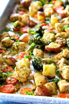 Sheet Pan Parmesan Pesto Chicken, Potatoes, Broccoli and Carrots bursting with flavor and SO EASY! practically one pan prep making this ideal weeknight meal! Chicken Carrots Recipe, Chicken Potatoes, Pesto Potatoes, Healthy Chicken Recipes, Vegetable Recipes, Cooking Recipes, What's Cooking, Diabetic Recipes, Easy Chicken Parmesan