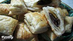 Tábla csokis leveles   Nosalty Camembert Cheese, Hamburger, Food And Drink, Favorite Recipes, Bread, Chicken, Baking, Spanakopita, Pastries
