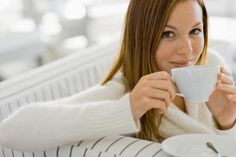tips to not overeat over the holidays: drink green tea