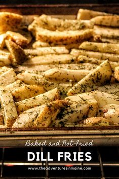 Try this perfect recipe for special hamburger and dill fries. This is an easy and quick weekend go to meal but is great any night of the week! Idaho Potatoes, Baked Potatoes, Tasty Potato Recipes, Healthy Meals, Healthy Recipes, Deep Fryer, Home Recipes, French Fries, Chicken Wings