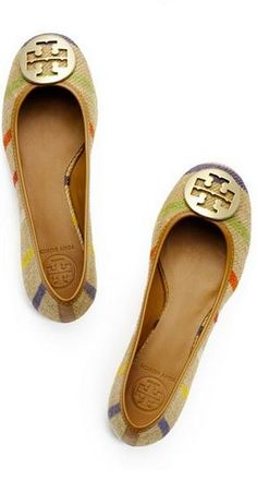 Tory Burch flats, need these with some white shorts or some rolled up jeans