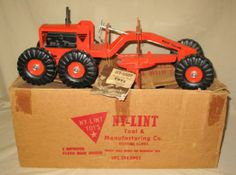 Nylint #1400 Road Grader w/ original booklet & Box