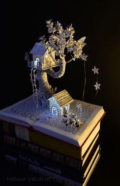Magic Forest Book Sculpture by Malena Valcárcel, via Behance Folded Book Art, Paper Book, Book Folding, Paper Art, Cut Paper, Forest Book, Magic Forest, Grand Art, Book Page Crafts