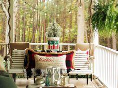 Easy Outdoor Christmas Winter Porch Decor #porchdecor #christmas #diy #outdoordecor #gatheredinthekitchen Outdoor Christmas Decorations, Christmas Diy, Outdoor Decor, Outdoor Gym, Outdoor Projects, Outdoor Living, Rag Wreath Tutorial, Wooden Centerpieces, Diy Barn Door