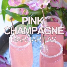 Pink Champagne Margarita Nothing says classy quite like these gorgeous Pink Lemonade Champagne Margaritas. The perfect champagne cocktail for weddings showers or girls night out! The post Pink Champagne Margarita appeared first on Champagne. Pink Champagne Margarita, Cocktail Pink, Champagne Drinks, Pink Alcoholic Drinks, Pink Lemonade Margarita, Champagne Birthday, Alcholic Drinks, Watermelon Margarita, Margarita Cocktail