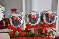Adorable cookies...would make great party favors