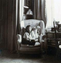 romanov photo: Alexei in Chair Alexei-07.jpg