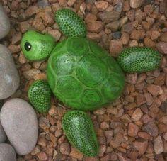 Adorable turtle painted rocks!