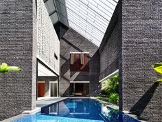Room Without Roof / HYLA Architects