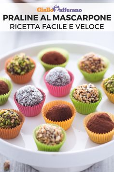 Praline al mascarpone Bakery Recipes, Dessert Recipes, Brigadeiro Recipe, Gourmet Breakfast, Cacao Amaro, Italian Cookies, Mini Pies, Morning Food, Nutella