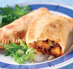 Platos Latinos, Blog de Recetas, Receta de Cocina Tipica, Comida Tipica, Postres Latinos: Empanadas de Carne - Recetas Argentinas - Comida Argentina - Argentina Recipes