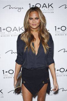 35 Cool Hair Color Ideas To Try In 2018 Chrissy Teigen Hair Cool Hairstyles Chrissy Teigen Hair Color