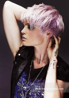 Thinking of getting your hair cut shorter than short? Then check out these edgy hairstyles for instant short hair inspiration. From wild girl bobs to pixie. Funky Hairstyles, Little Girl Hairstyles, Straight Hairstyles, Asian Hairstyles, Hairstyle Short, Blonde Hairstyles, Vintage Hairstyles, Hairstyle Ideas, Hair Ideas