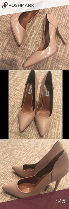 NEW STEVE MADDEN NUDE HEELS POINT TOE Perfect condition only tried on inside Steve Madden nude heels size 9.5. heel approx 5 inches (look to photo for reference) super cute and perfect to pull over her any outfit! Fast shipping follow for deals Steve Madden Shoes Heels