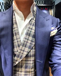 Sprezzatura-Eleganza | sartorialmasterpiece:   Vested options ft...
