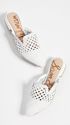 The annual Shopbop off sale! Guys…this is the time to stock up on your fave brands like Free People, Madewell, BB Dakota and even get major sales on all the designer brands (like bags and… Ugly Outfits, J Shoes, Women's Mules, Shoe Brands, Wedding Shoes, Casual Shoes, Fashion Accessories, Summer Wardrobe, My Style