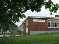 École St. Catherine's School The Future Of Us, Lasting Memories, Schools, Garage Doors, Children, Outdoor Decor, Home Decor, Young Children, Kids