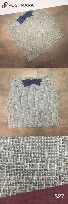 Loft blue and white tweed pencil skirt Gorgeous blue and white tweed, pretty bow in front, fully lined, side zip LOFT Skirts Pencil