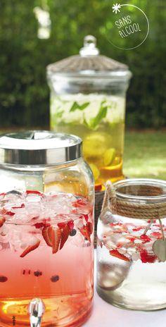 Eau de pastèque et de fraises, eau de fleur d'oranger au miel, thé glacé aux citrons: recettes à retrouver dans le Zeste de juillet-août 2014!