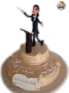 Cake Perfume Bottles, Cakes, Christmas Ornaments, Holiday Decor, Beauty, Pies, Weddings, Cake Makers, Kuchen