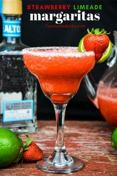 frozen margarita recipes Strawberry Limeade Margaritas combine frozen limeade with fresh strawberries along with tequila and triple sec to make a whole pitcher of margaritas to enjoy. Pitcher Margarita Recipe, Limeade Margarita, Best Margarita Recipe, Margarita Recipes, Strawberry Daquiri, Frozen Strawberry Margarita, Frozen Margaritas, Strawberry Tequila, Triple Sec