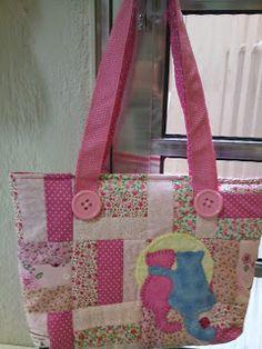 DEOPATCHWORK: Bolsa rosa com gatinhos!